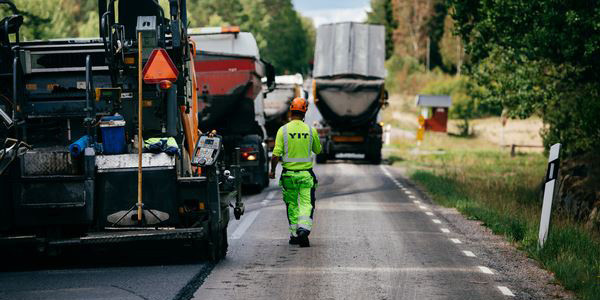 YIT has won several state paving contracts in Finland and Norway in April–June