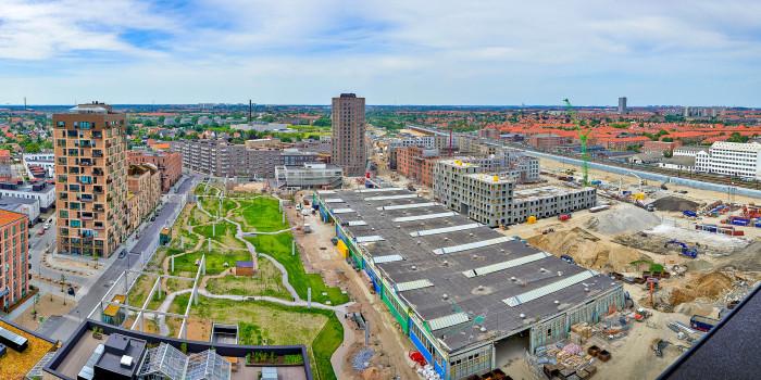 The Grønttorvet building site in the right corner.