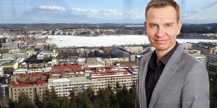Montage of Jarkko Leinonen, Head of Finland at Hemsö, and the city of Jyväskylä.