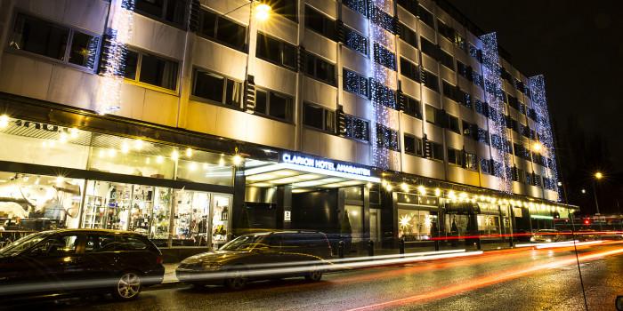 Petter Stordalen has sold the property that houses hotel Amaranten for SEK 1,5 billion to NREP.