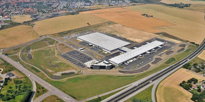 Logistea sells the company's only property to Blackstone.