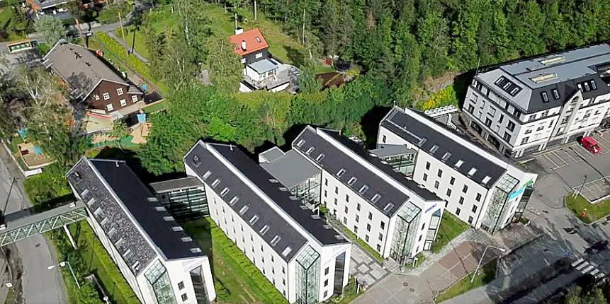 Fornebuveien 42-48.