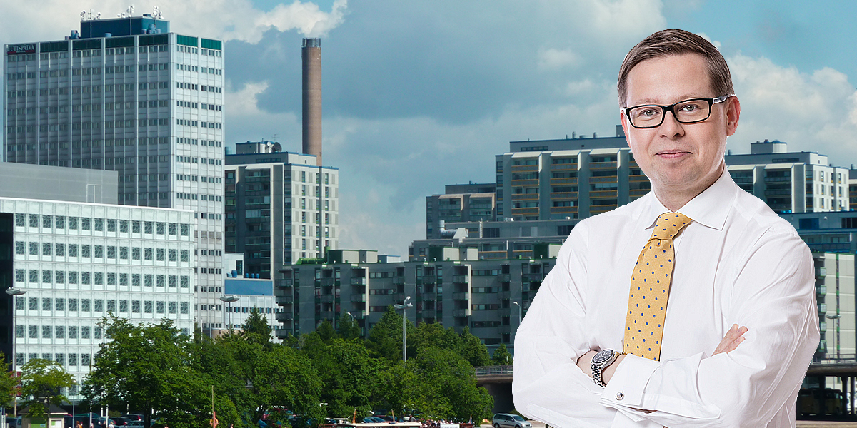 Montage of Ilkka Tomperi, Investment Director and Head of Real Estate at Varma, and Helsinki skyline.
