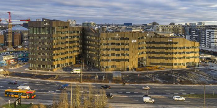 Aviva buys office project from Skanska.