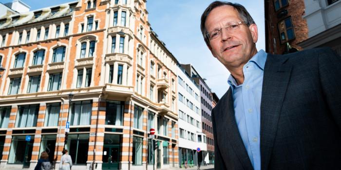 Peder Chr. Løvenskiold, CEO of Anthon B Nilsen, in front of Kongens gate 7 in Olso.